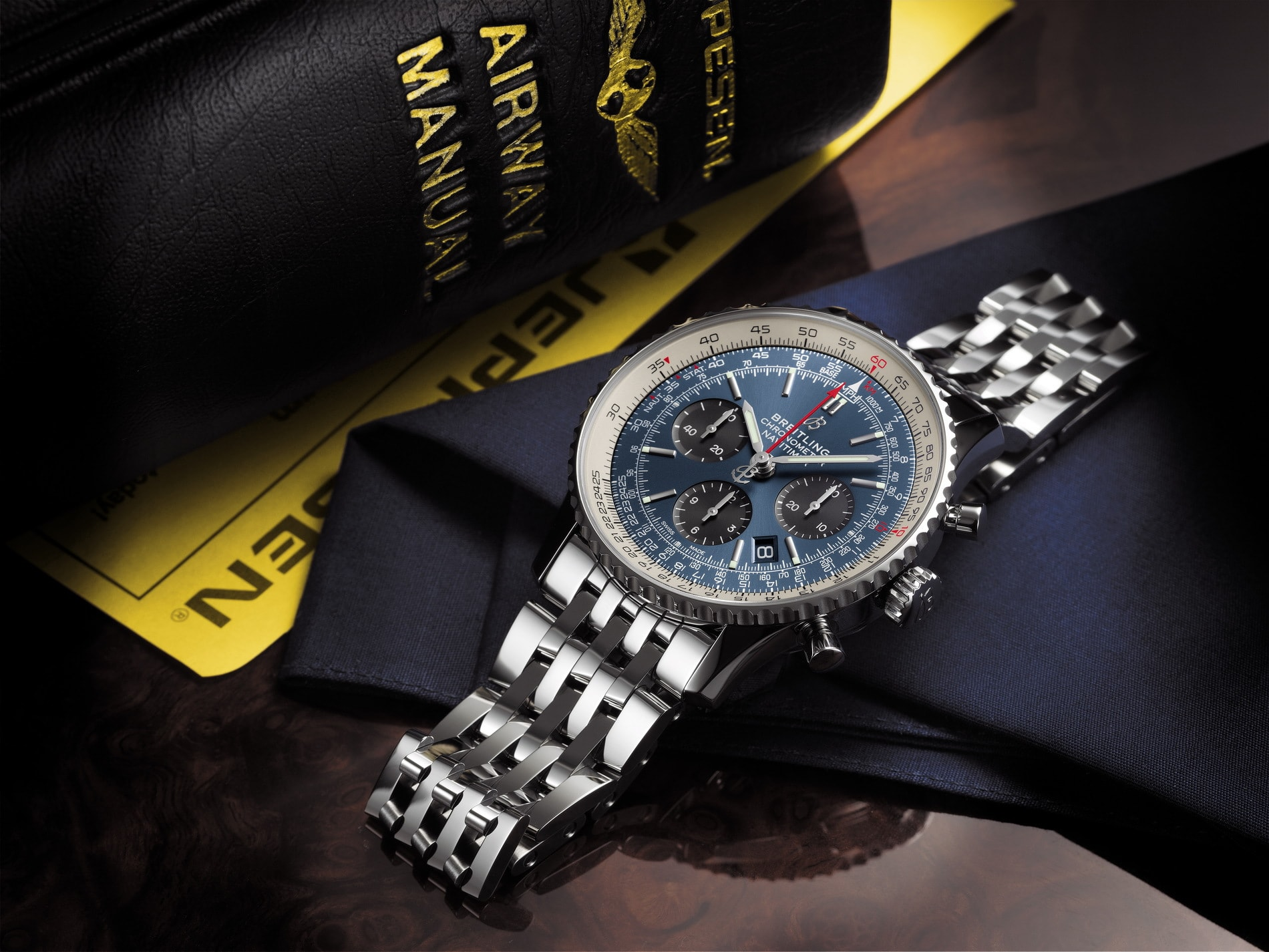 Breitlings Navitimer 1 Automatic 38 Is The Perfect Watch For Men With Small Wrists