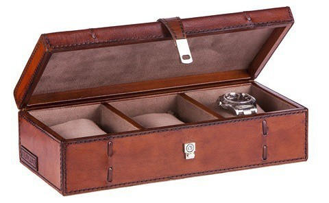 Balmuir Edward Watch Box for three watches. http://www.balmuir.com/index.php/shop/furniture-and-decoration/edward-3-watch-case-cognac.html