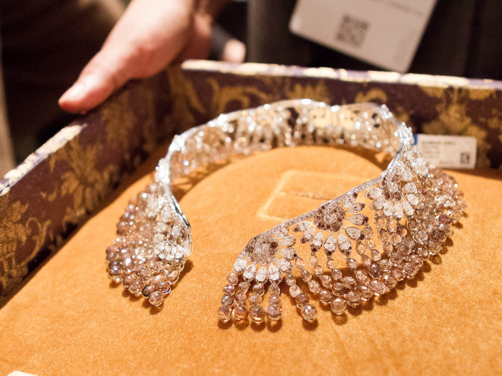 Chopard uses the highest quality diamonds in the industry.