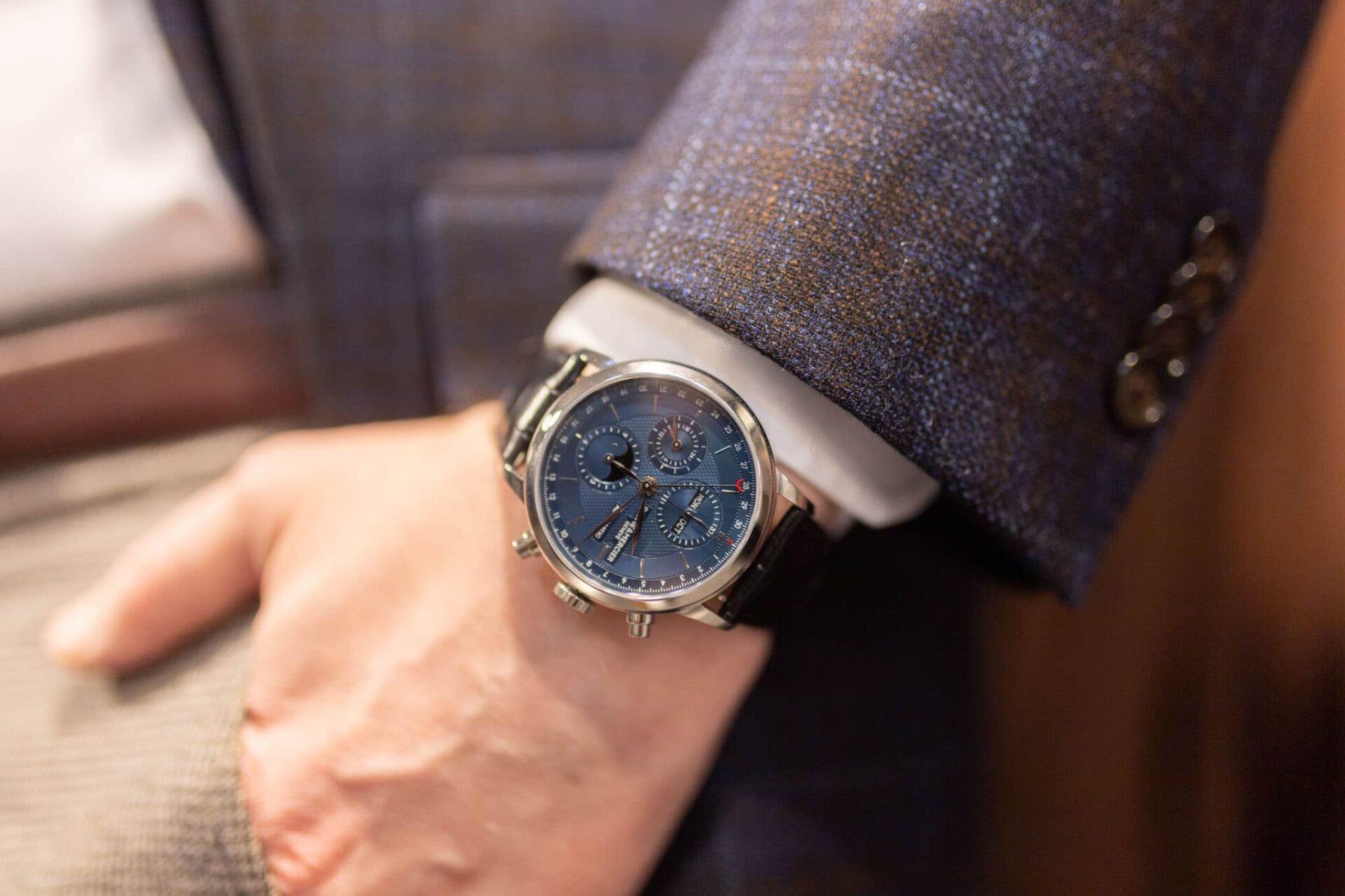 A stylish dress chronograph - Baume & Mercier Classima 10484